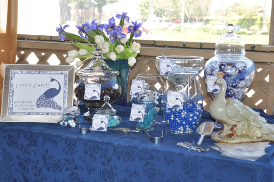 A very blue sweet table!